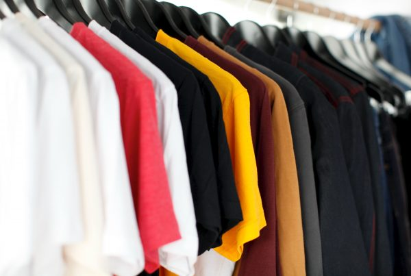 Clothes on rag traede make ecommerce grow